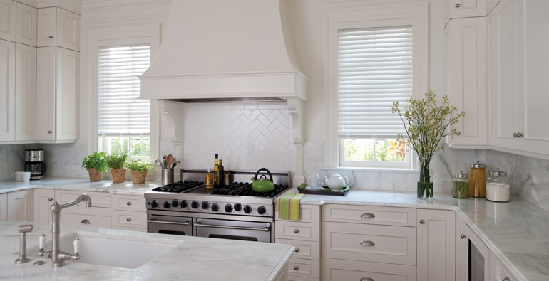 Minneapolis white faux wood blinds