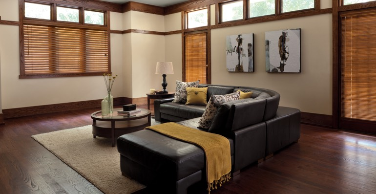 Minneapolis hardwood floor and blinds