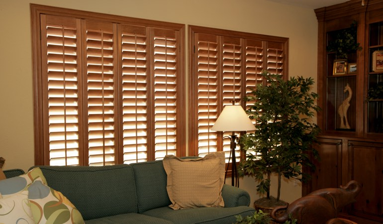 How To Clean Wood Shutters In Minneapolis, MN