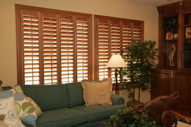 Ovation Shutters In A Minneapolis Living Room.